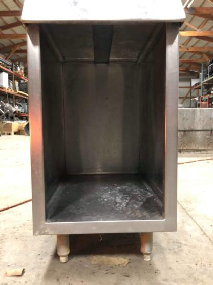 Cabinet/Stand - #2759