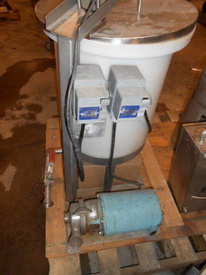 25 Gallon Poly Mixing Tank - #1410